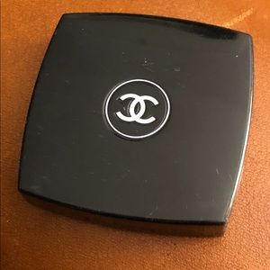 CHANEL Bronzing Powder in Mirrored Compact SPF 8